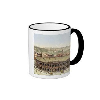 Vista del Amphitheatre romano, Verona, b grabado Taza De Dos Colores