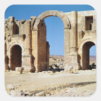 Vista del arco triunfal, ANUNCIO construido c.129 Pegatina Cuadrada