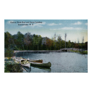 Vista del aterrizaje del barco y de la canoa del C Póster