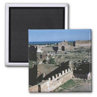 Vista del castillo, 8vo-12mo siglo imán cuadrado