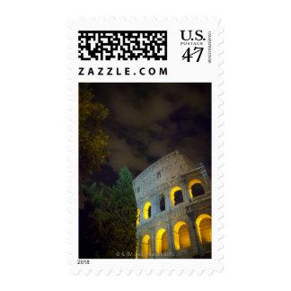 Vista del Coloseum en Roma en la noche Sellos Postales
