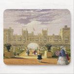 Vista del este del castillo y del jardín, Windsor  Alfombrillas De Ratones