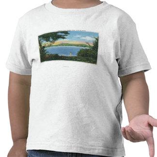 Vista del lago Pontoosuc Camiseta