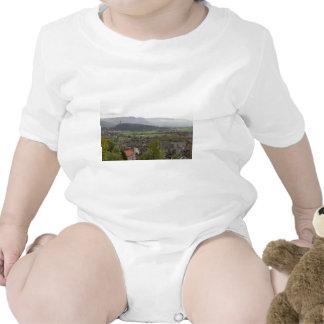 Vista del monumento de Wallace en Escocia Traje De Bebé