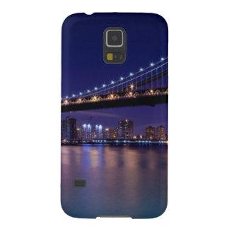 Vista del puente de Manhattan en la noche Fundas De Galaxy S5
