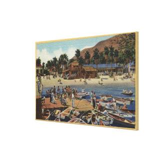 Vista del puerto del istmo con los nadadores lienzo envuelto para galerias