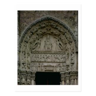 Vista del tímpano que representa Madonna y la ji Postal