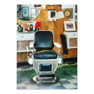 Vista delantera de la silla de peluquero invitación 12,7 x 17,8 cm