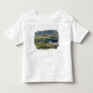 Vista escénica de las tierras de labrantío al sur camisas