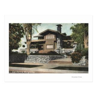 Vista exterior de una casa de planta baja californ tarjetas postales