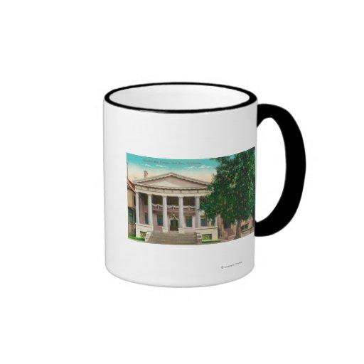 Vista exterior del templo escocés del rito taza de café