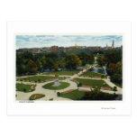 Vista general del jardín público postales