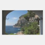 Vista hacia los acantilados en la isla de Capri Pegatina Rectangular
