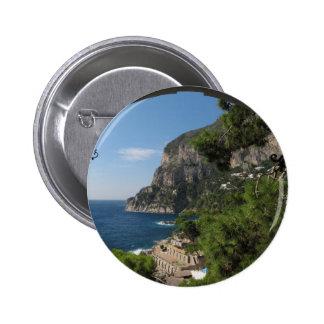 Vista hacia los acantilados en la isla de Capri Pin