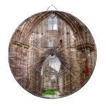 Vista interior de la abadía antigua País de Gales, Tabla Dardos