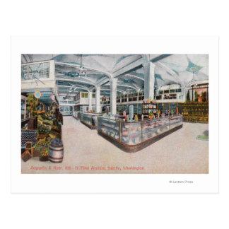 Vista interior de la panadería de Augustine y de Tarjetas Postales