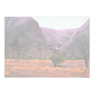 Vista lateral de la roca de Ayers, desierto de Anuncio Personalizado