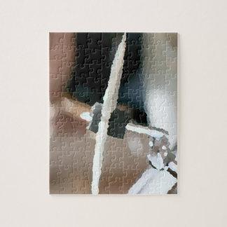 Vista lateral del drumset painterly del platillo d puzzle con fotos