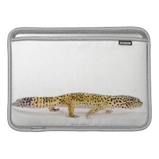 Vista lateral del lagarto del gecko del leopardo funda macbook air