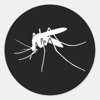 Vista lateral del mosquito blanco pegatina redonda