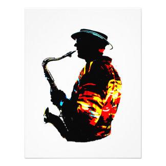 Vista lateral tropical del jugador de saxofón invitación personalizada