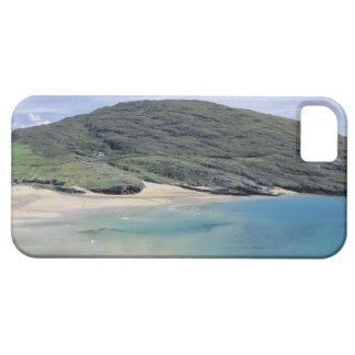 vista panorámica de montañas y del lago iPhone 5 funda