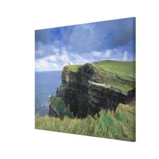vista panorámica de un acantilado por la playa lona envuelta para galerias