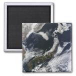 Vista por satélite de Japón Imanes De Nevera