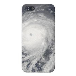 Vista por satélite del huracán Celia iPhone 5 Fundas