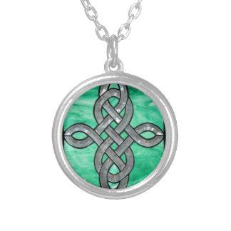 vitral céltico de la plata del verde del nudo joyerias personalizadas