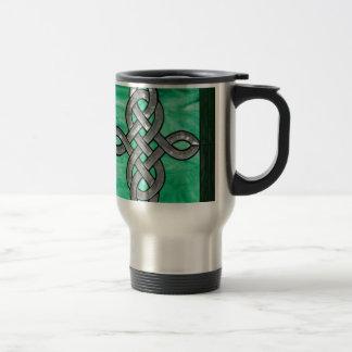 vitral céltico de la plata del verde del nudo taza de viaje
