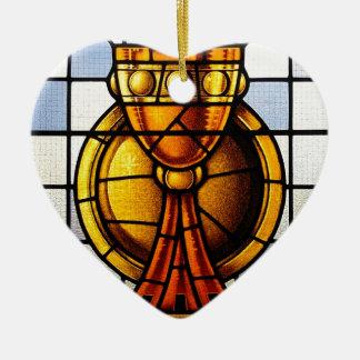 Vitral del santo grial - sacramento adorno navideño de cerámica en forma de corazón