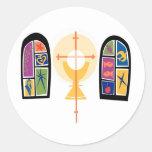 Vitrales con cáliz y la cruz pegatina