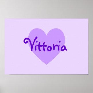Vittoria en púrpura poster