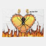 Viuda negra en el corazón del fuego toallas de mano