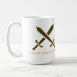 Viva como un guerrero que lucha enfermedad taza de café