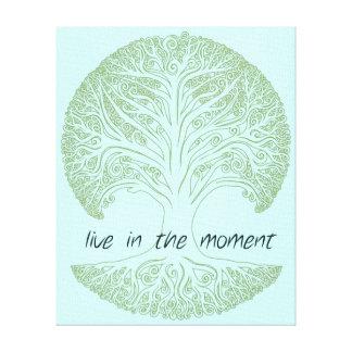 Viva en el árbol del momento lona envuelta para galerías
