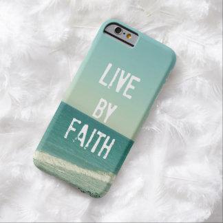 Viva por verso de la biblia de la fe funda de iPhone 6 barely there
