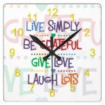 Viva simplemente reloj