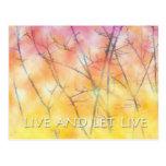 Viva y deje las ramas vivas tarjetas postales