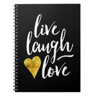 Vive el cuaderno del corazón del oro del amor de