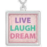 Vive el sueño de la risa joyería