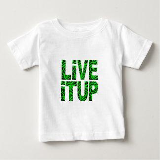 Vive encima de la camiseta de los niños verdes poleras