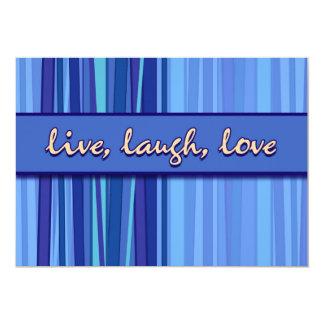 Vive la invitación azul del día de madre del amor