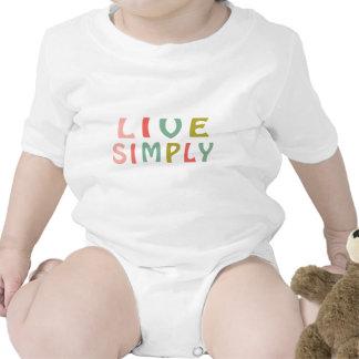 Viven los diseños simplemente únicos trajes de bebé