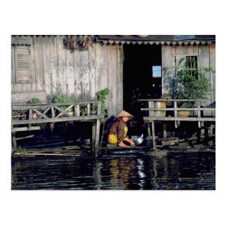 Vivienda de la savia de Tonle, Camboya Postales