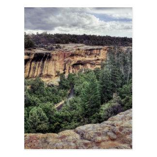 Viviendas de acantilado del Mesa Verde Tarjeta Postal