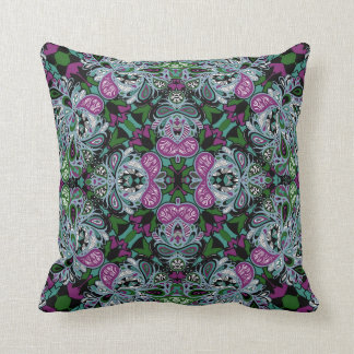 Vivienne Pillow in 2 Sizes