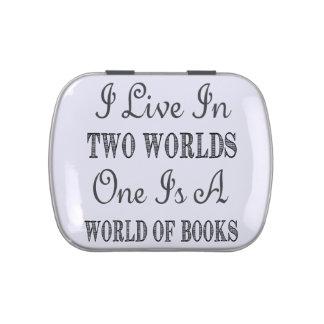 Vivo en dos mundos - los libros y cita de la latas de dulces
