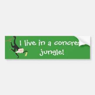 ¡Vivo en una selva concreta! Etiqueta De Parachoque